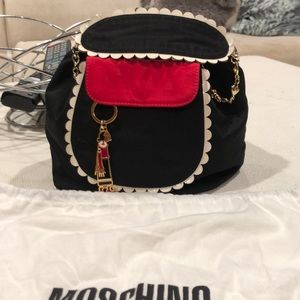 MOSCHINO OLIVE OIL COLLECTABLE PURSE